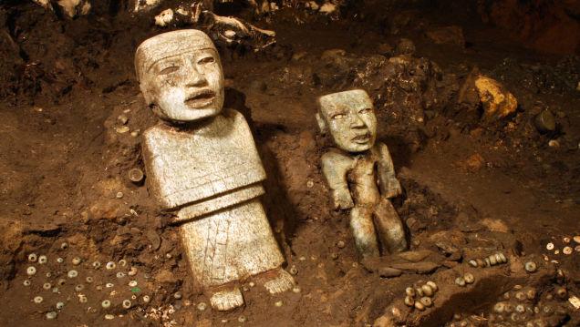 CIVILIZACIONES: Túnel subterráneo con espectacular ofrenda bajo el templo de Quetzalcóatl en Teotihuacán