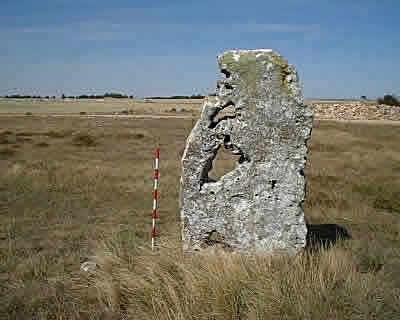 CIVILIZACIONES / HISTORIA : El misterio de los Menhires Cántabros