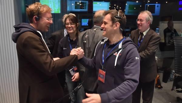ASTRONOMIA: Hazaña en el espacio: el robot logró aterrizar en el cometa