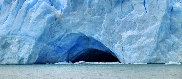 Descubren ecosistema microbiano a 800 metros bajo la capa de hielo en condiciones extremas