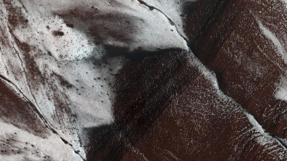 El agua líquida de Marte no es como te la imaginas
