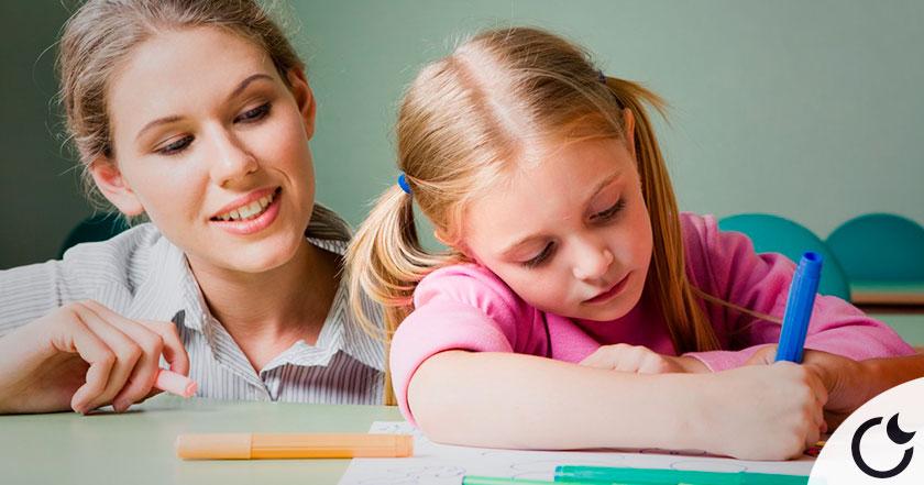 Educar SIN ESCOLARIZAR: La OPCIÓN preferida de las familias EN CONTRA DEL SISTEMA