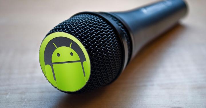 ¿Nos están vigilando y controlando desde el micrófono de nuestros móviles? Parece QUE SI